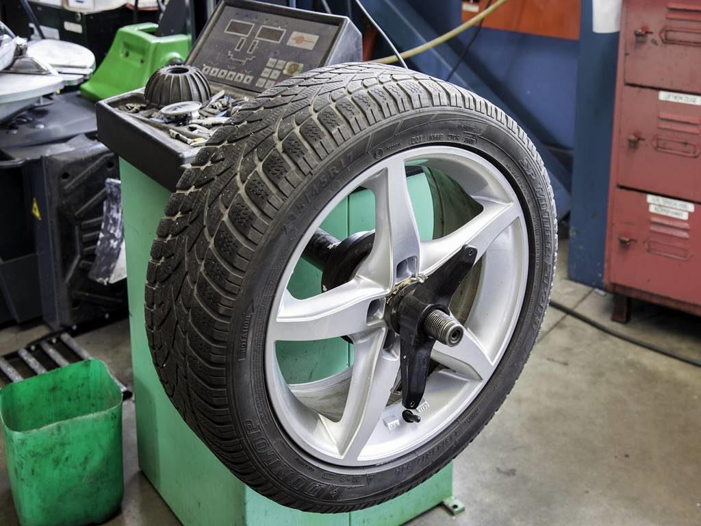 Revisar los Neumáticos