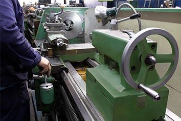 Torno Hydramatic realiza la reparación de convertidores de par o torque, reparación de direcciones hidráulicas, servicios de torno y mucho más.